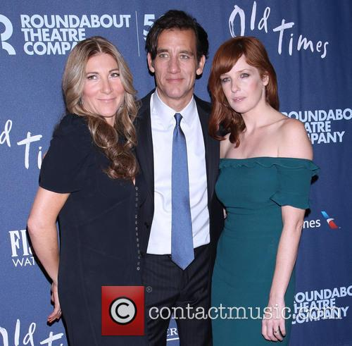 Eve Best, Clive Owen and Kelly Reilly 1