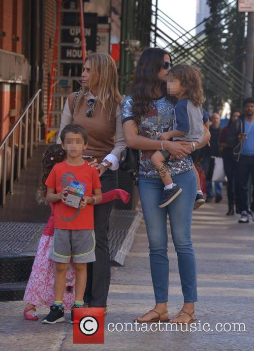 Levi Alves Mcconaughey, Vida Alves Mcconaughey, Livingston Alves Mcconaughey and Camila Alves 6