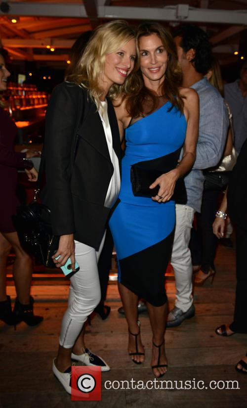 Karolina Kurkova and Cindy Crawford 2