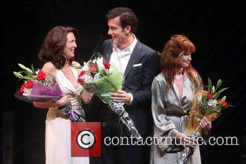 Eve Best, Clive Owen and Kelly Reilly 8