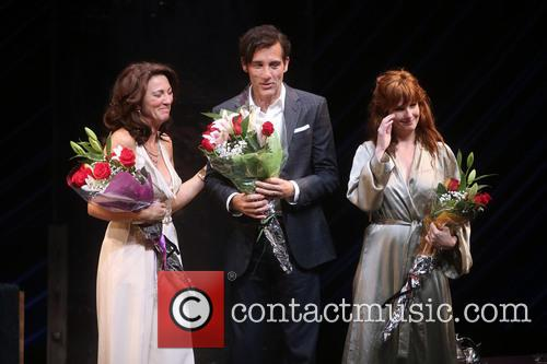 Eve Best, Clive Owen and Kelly Reilly 9