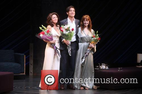 Eve Best, Clive Owen and Kelly Reilly 10