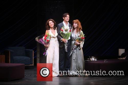 Eve Best, Clive Owen and Kelly Reilly 11