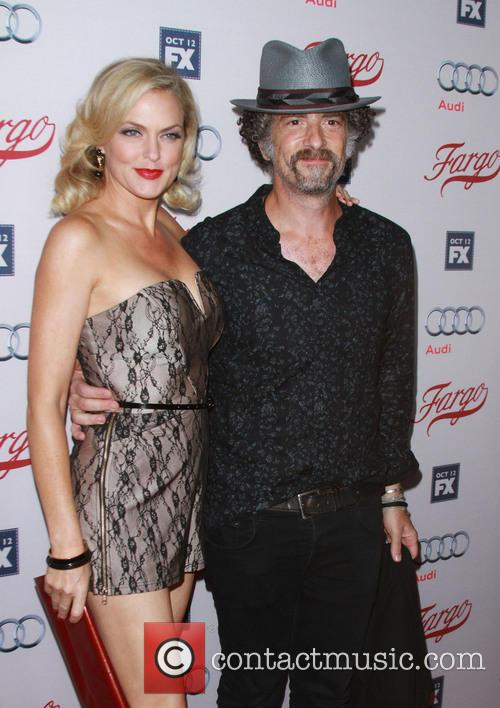 Elaine Hendrix and John Ales 1