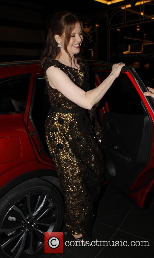 Geena Davis arrives back at her London hotel