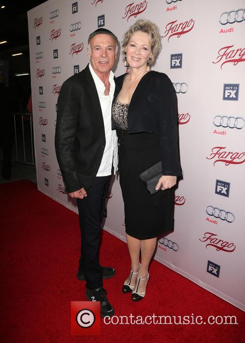 Michael Hogan and Jean Smart 1