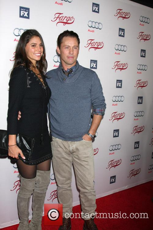 Jeffrey Donovan and Wife 5