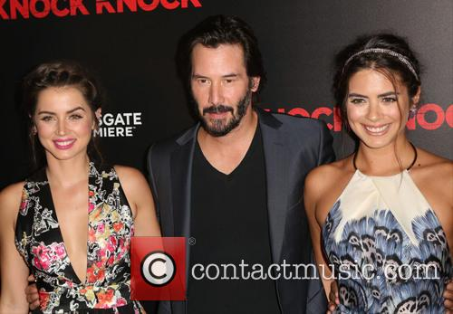 Ana De Armas, Keanu Reeves and Lorenza Izzo 4