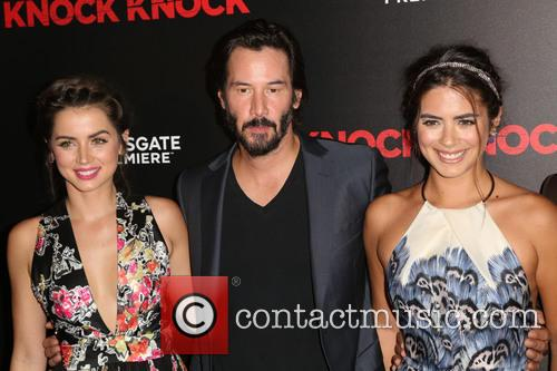 Ana De Armas, Keanu Reeves and Lorenza Izzo 5