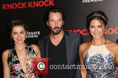 Ana De Armas, Keanu Reeves and Lorenza Izzo 7