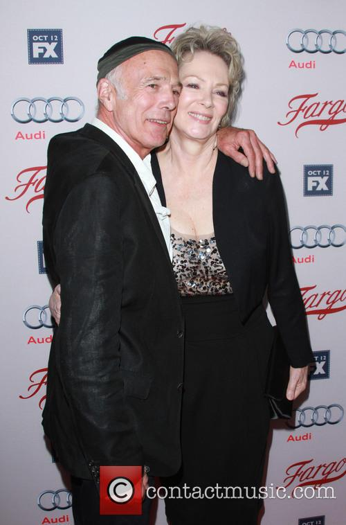 Michael Hogan and Jean Smart 2