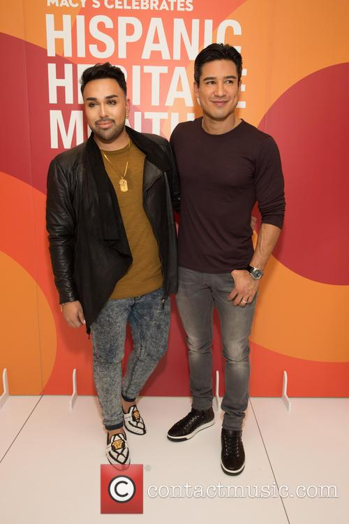 Angel Merino and Mario Lopez 4