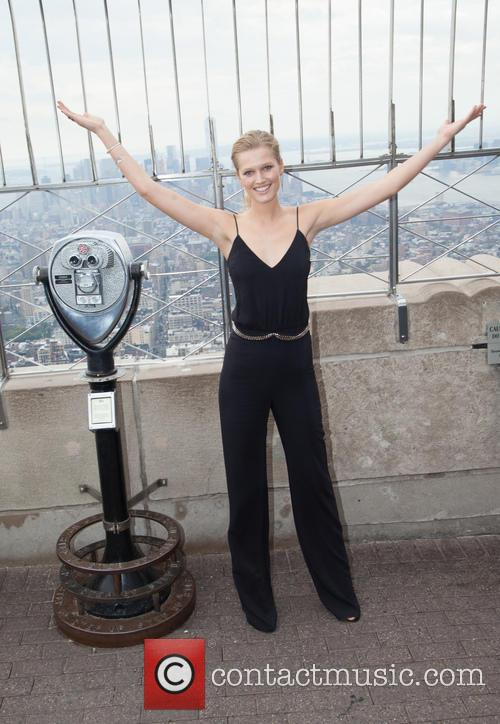 Supermodel Toni Garrn Lights the Empire State Building...