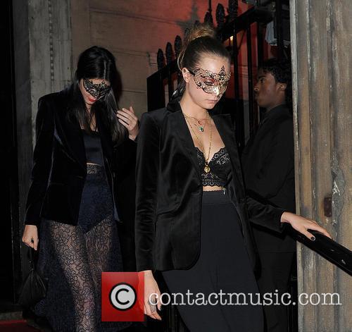 Kendall Jenner and Cara Delevingne 1