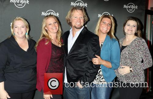 Janelle, Christine, Kody Brown, Meri, Robyn and Sister Wives 2