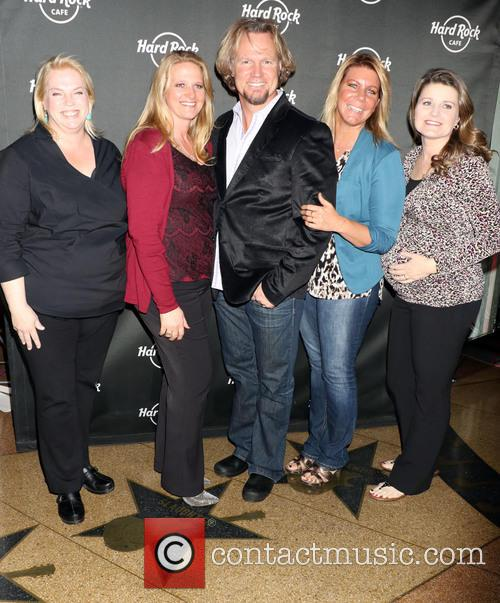 Janelle, Christine, Kody Brown, Meri, Robyn and Sister Wives 1