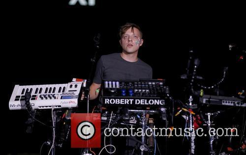 Robert Delong 3