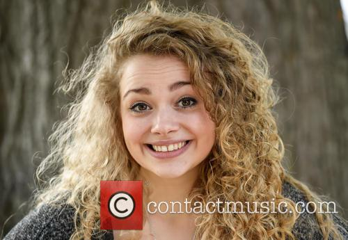 Carrie Hope Fletcher 6
