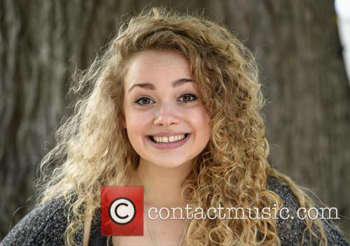 Carrie Hope Fletcher 7