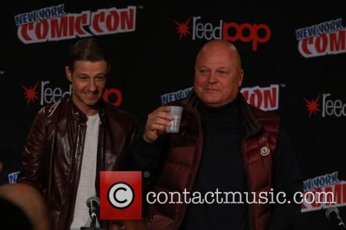 Ben Mckenzie and Michael Chiklis 1