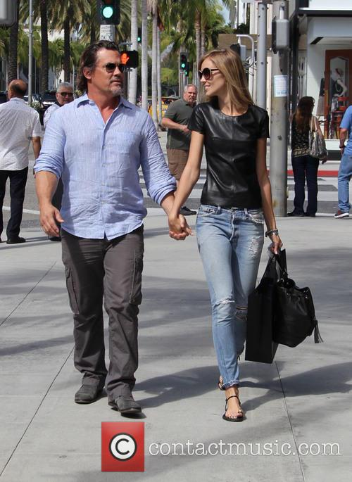 Josh Brolin and Kathryn Boyd 1