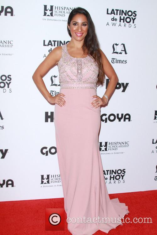 Liana Mendoza 4