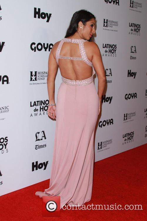 Liana Mendoza 6