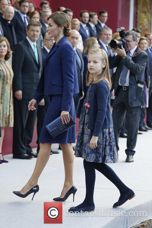 Queen Letizia and Prince Leonor 3