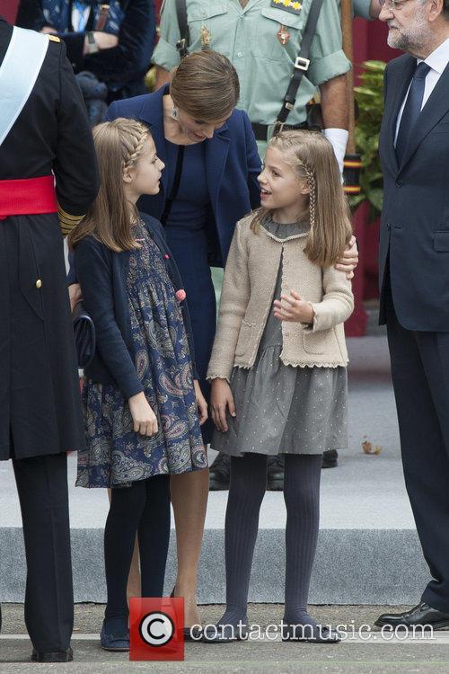 Queen Letizia, Prince Leonor and Prince Sofia 9