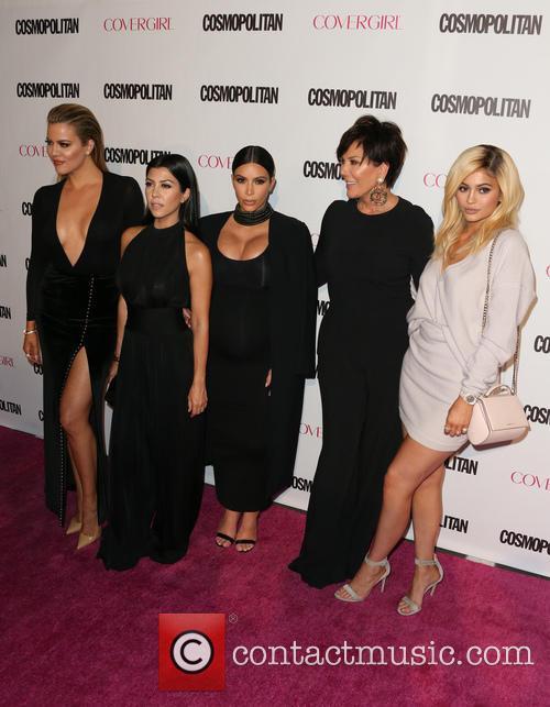 Khloe Kardashian, Kourtney Kardashian, Kim Kardashian, Kris Jenner and Kylie Jenner 6