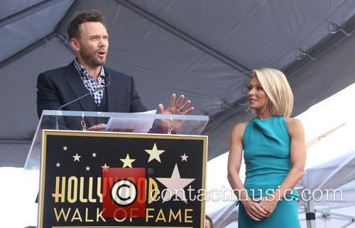 Joel Mchale and Kelly Ripa 3
