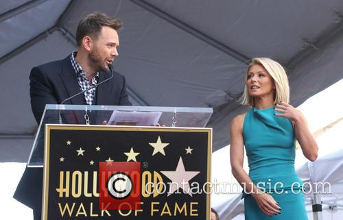 Joel Mchale and Kelly Ripa 4
