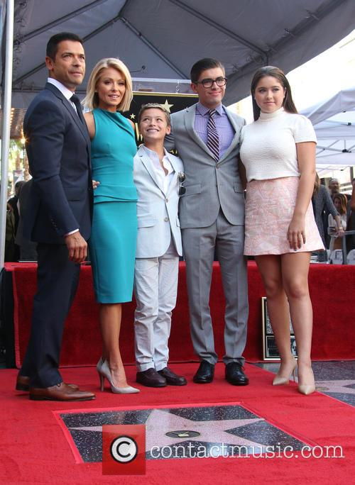 Mark Consuelos, Kelly Ripa, Michael Joseph Consuelos, Lola Grace Consuelos and Joaquin Antonio Consuelos 1