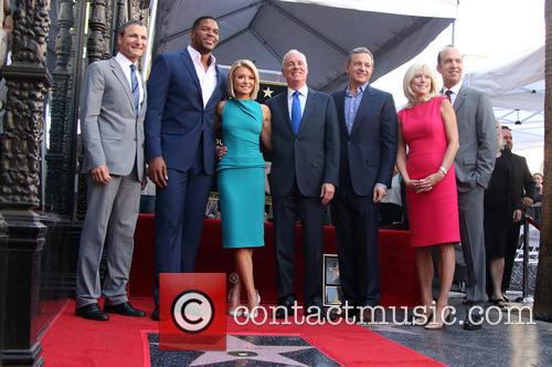 Kelly Ripa, Michael Strahan, Michael Gelman and Guests 1