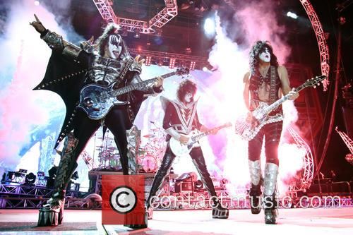 Kiss, Tommy Thayer, Paul Stanley and Eric Carr 1