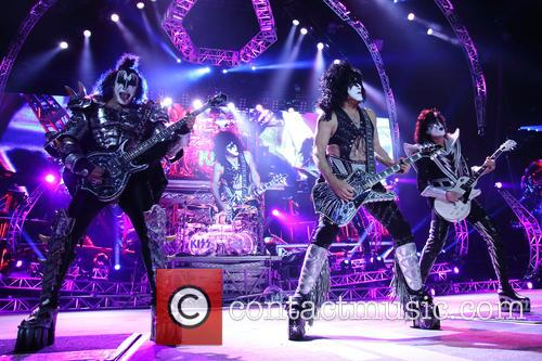 Kiss, Gene Simmons, Paul Stanley, Eric Carr and Tommy Thayer 1
