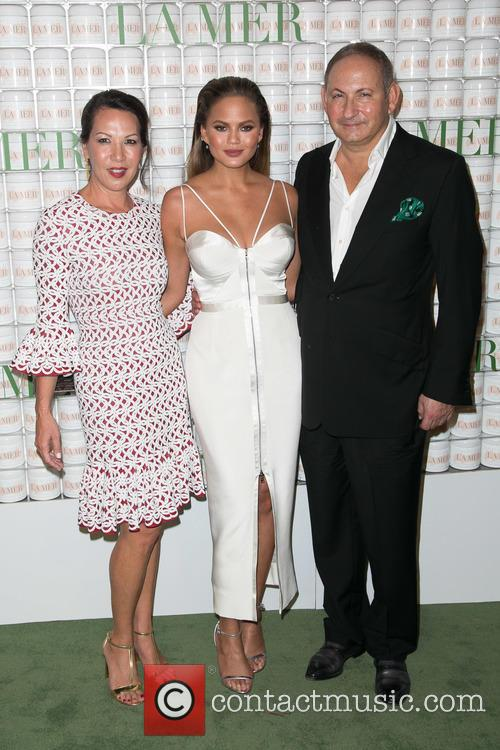 Sandra Main, Chrissy Teigen and John Demsey 2