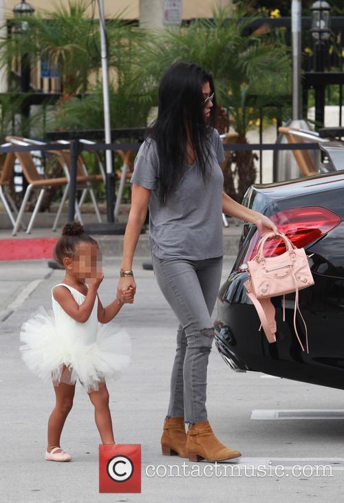 Kourtney Kardashian, Nori and North West 5