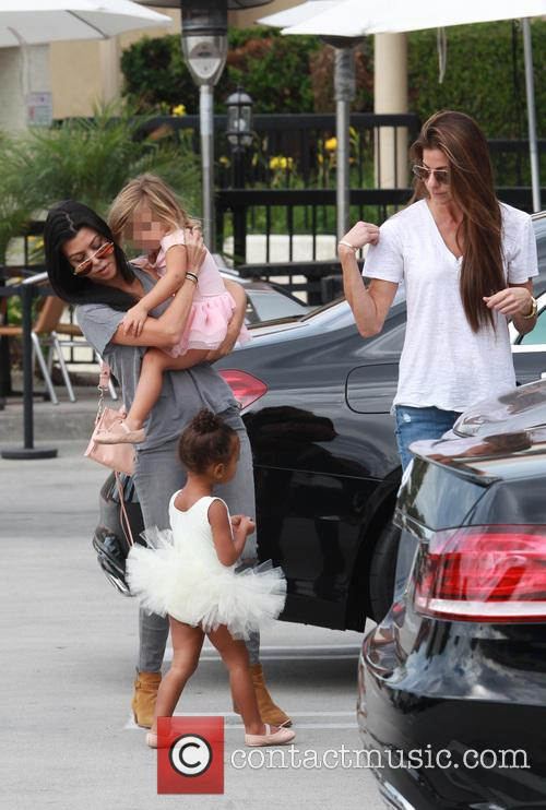 Kourtney Kardashian, Penelope Scotland Disick, Nori and North West 4