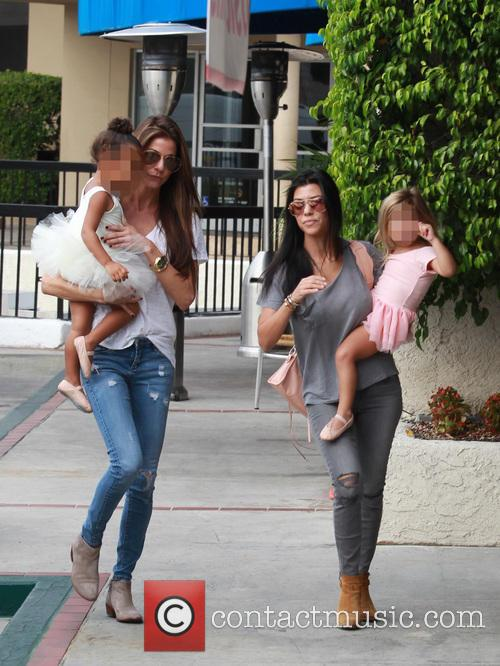 Kourtney Kardashian, Penelope Scotland Disick, Nori and North West 7
