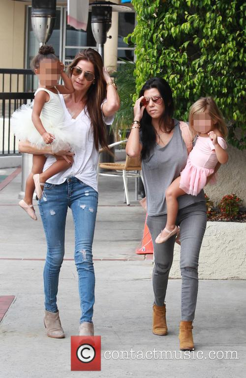 Kourtney Kardashian, Penelope Scotland Disick, Nori and North West 8