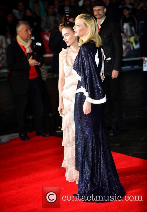 Rooney Mara and Cate Blanchett 4
