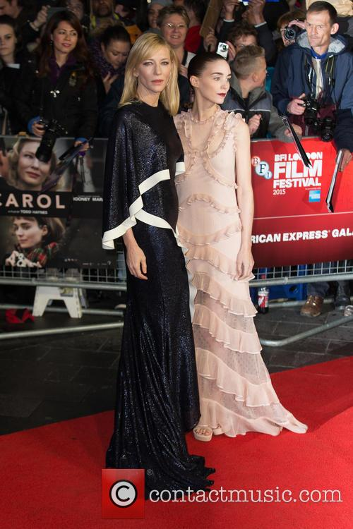 Rooney Mara and Cate Blanchett 10