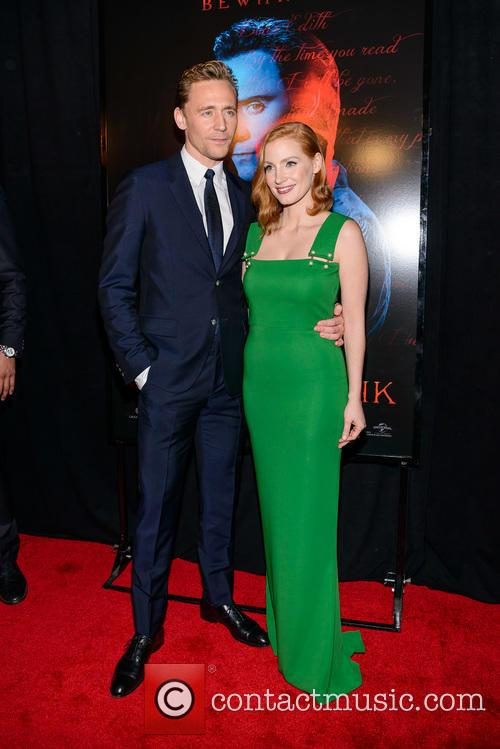 Tom Hiddleston and Jessica Chastain 4