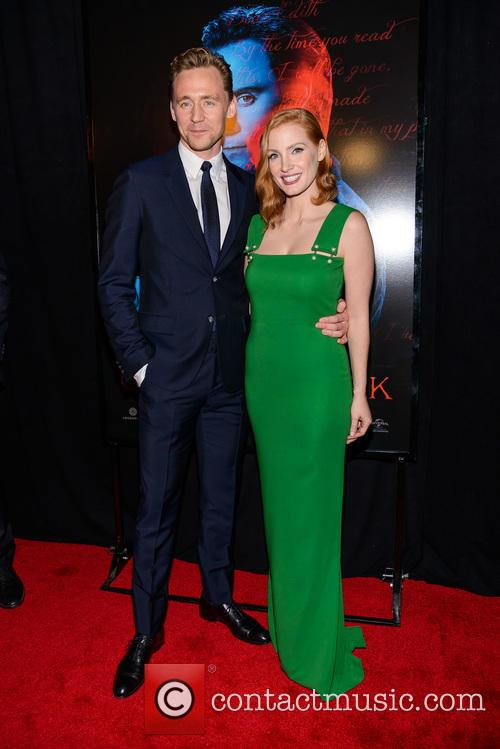 Tom Hiddleston and Jessica Chastain 5