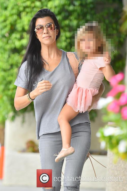 Kourtney Kardashian and Penelope Disick 5