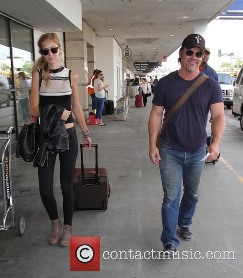 Josh Brolin and Kathryn Boyd 4