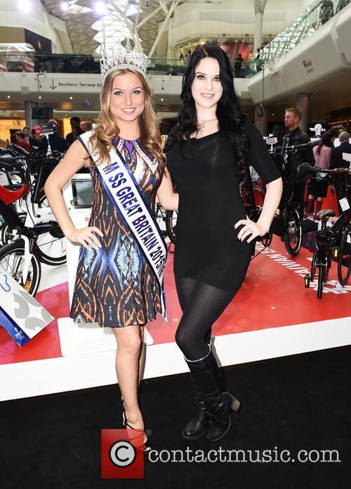 Jessica Ann and Zara Holland 1
