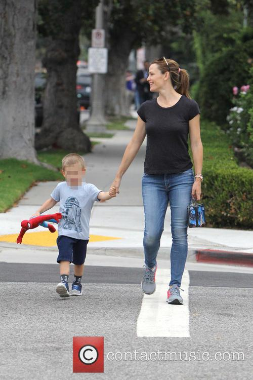 Jennifer Garner, Seraphina Rose Elizabeth Affleck and Samuel Garner Affleck 7