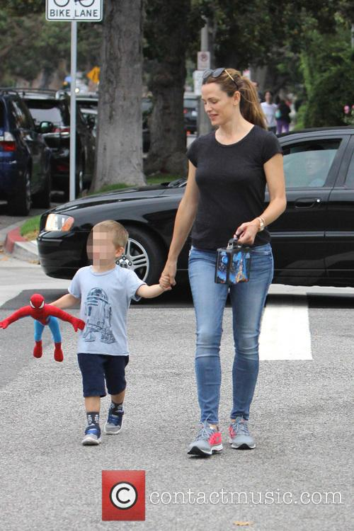 Jennifer Garner, Seraphina Rose Elizabeth Affleck and Samuel Garner Affleck 10